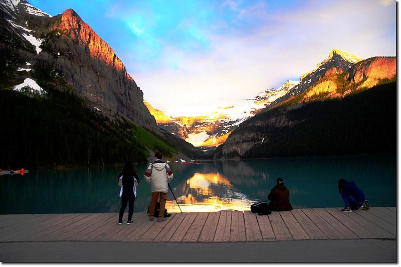 Lake Louise sunrise (7)