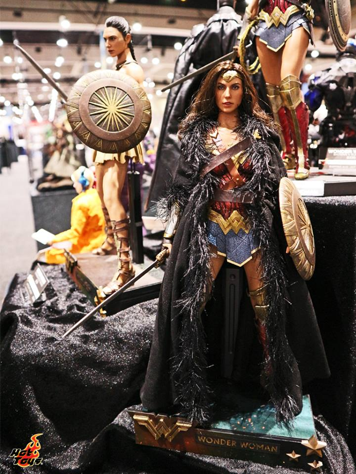 Hot Toys Wonder Woman SDCC2017