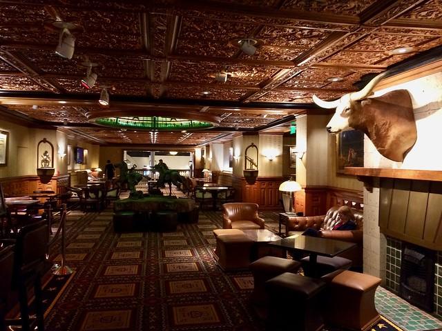 Driskill Lounge