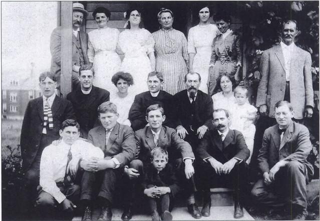 straub-family-1900s