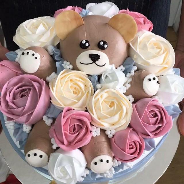 Cute Teddy Bear Cake by Love Cake .Yêu Bánh Kem