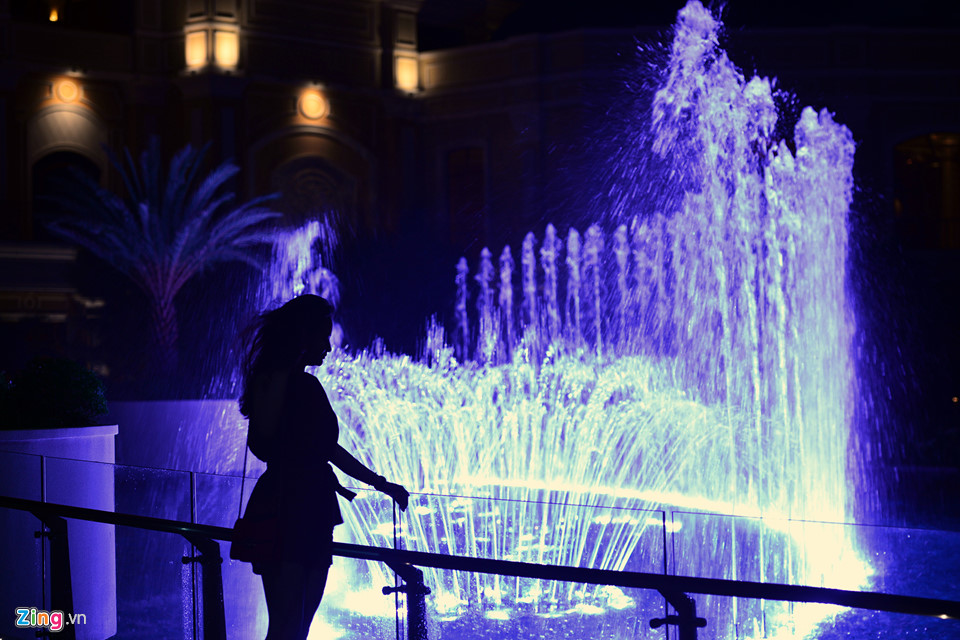 Hồ Tràm Strip khai trương đài nhạc nước kiểu Las Vegas