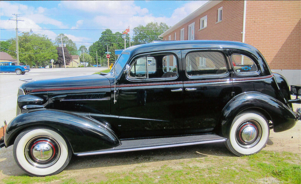 1937 Chevrolet Sport Sedan