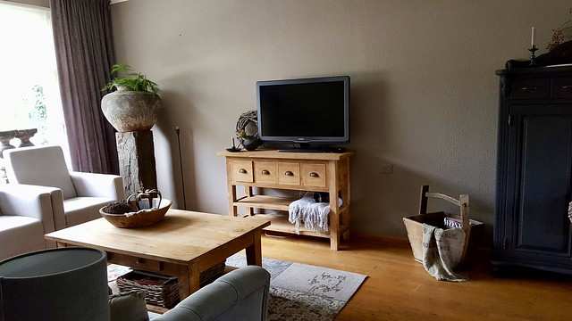 TV kast woonkamer landelijke stijl