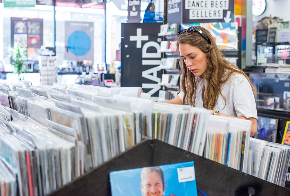 Anna-of-the-North-Record-Shopping-3
