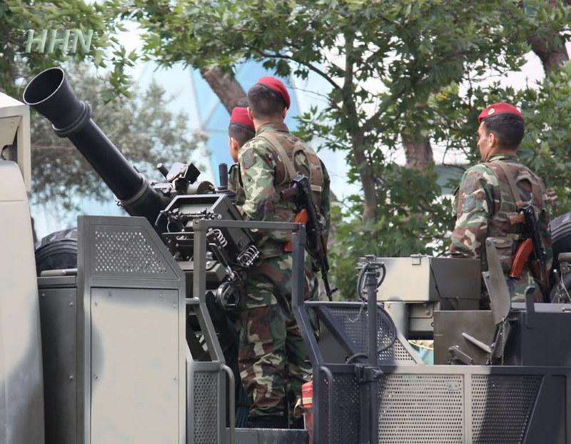 120mm-cardom-mercedes-truck-azerbaijan-parade-2011-n54-2