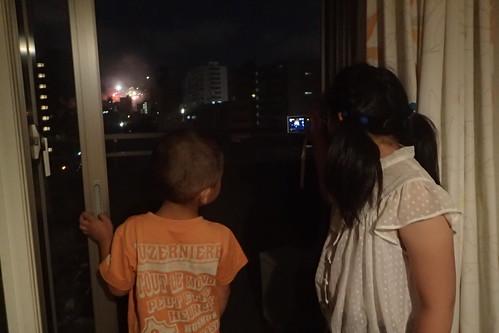 ぱち家で豊平川花火