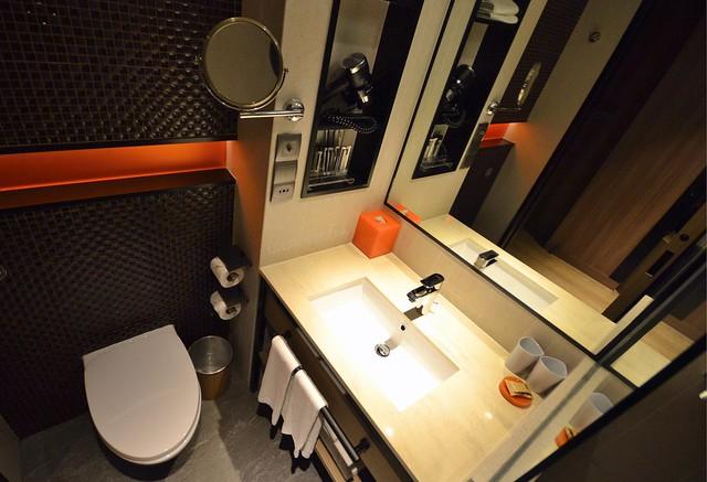 hotel jen tanglin singapore toilet and bathroom