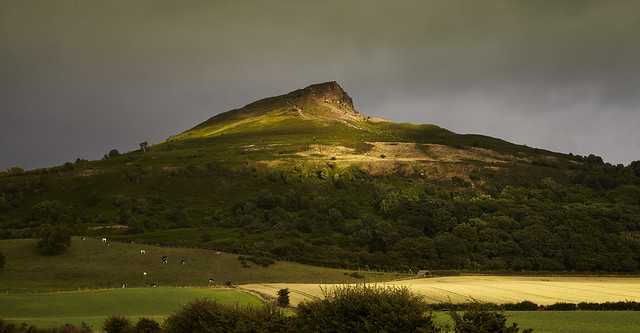Storm light - Roseberry, Canon EOS 5D MARK II, Canon EF 24-70mm f/2.8L USM