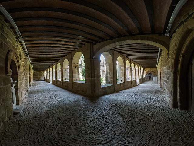 Monasterio de Cañas-Claustro