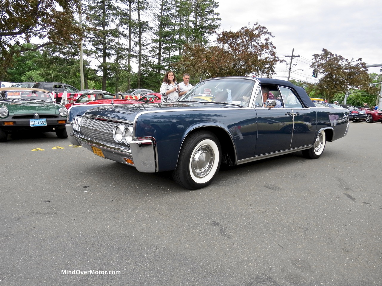 1961 Lincoln Continental Convertible Front