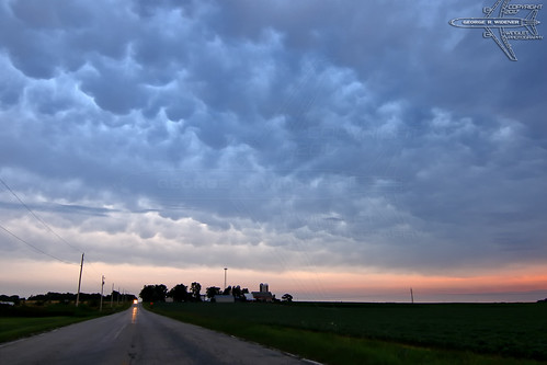 wingletphotography georgewidener stockphoto earth sun wisconsin canon 7d georgerwidener inspiration colors sky storm clouds rain stormscape cloudporn chasing spotting observing weather thunderstorm dusk evening sunset rural mammatus landscape omro oshkosh winnebagocounty highway road