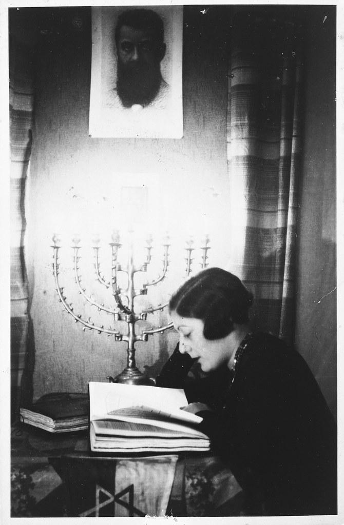 004---Shura Mesherowsky, 1925, Danzig