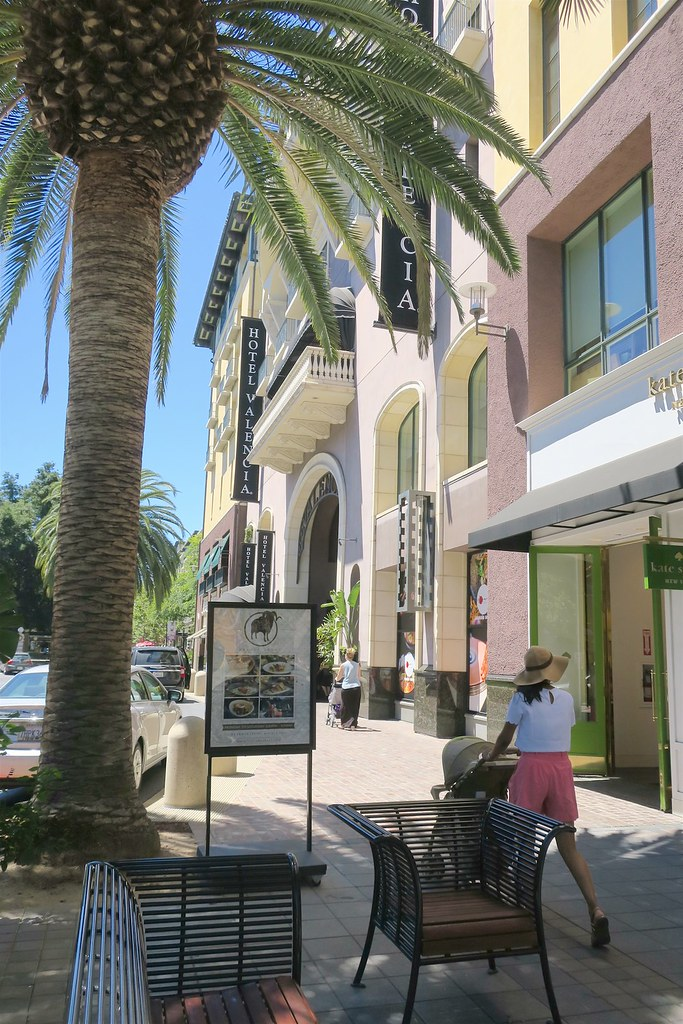 Hotels Near Santana Row