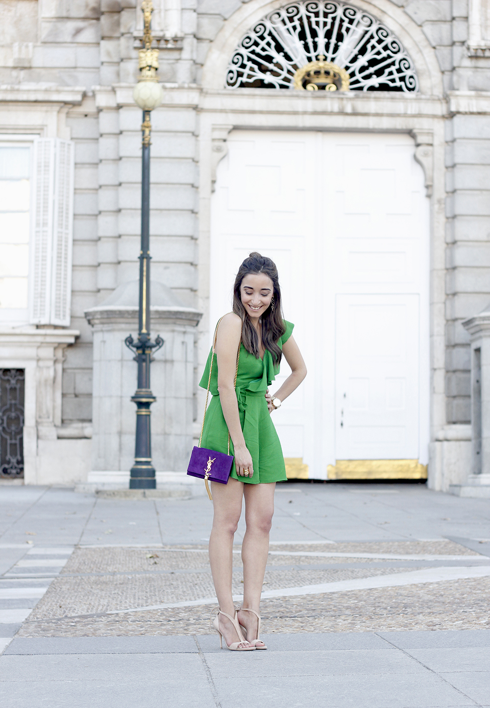 Green jumpsuit ysl bag heels uterqüe accessories summer outfit fashion08