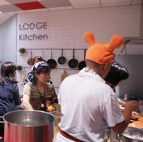 今回の会場は、Yahoo! ロッジのキッチンエリア。 #ホヤナイト