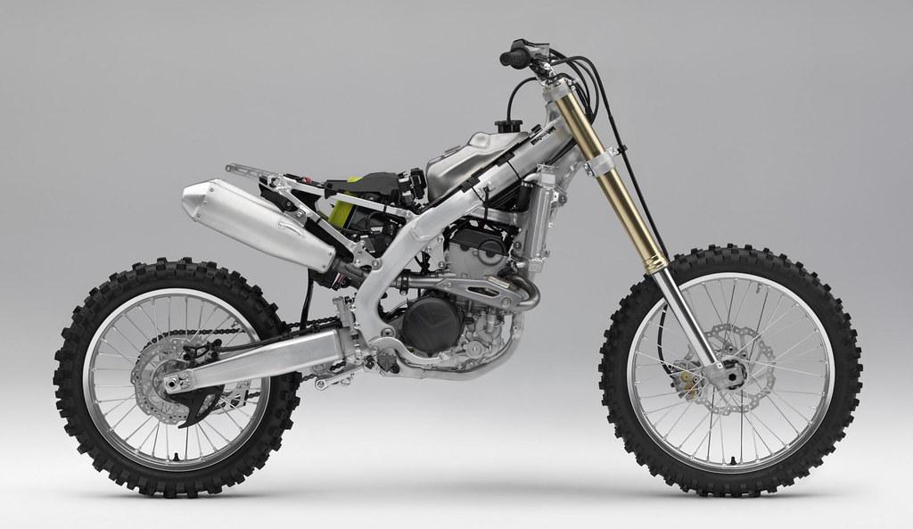honda crf 250 r 2018 galerie moto motoplanete. Black Bedroom Furniture Sets. Home Design Ideas