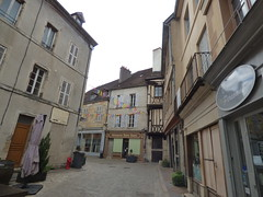 Rue Buffon, Semur-en-Auxois - Patisserie Notre Dame - Photo of Athie