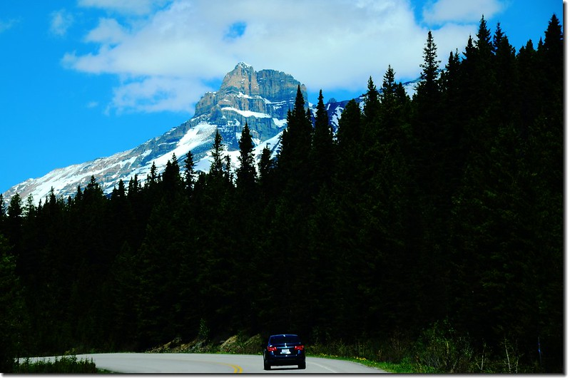 The scenery along  AB-93 N(Icefields Parkway) (4)