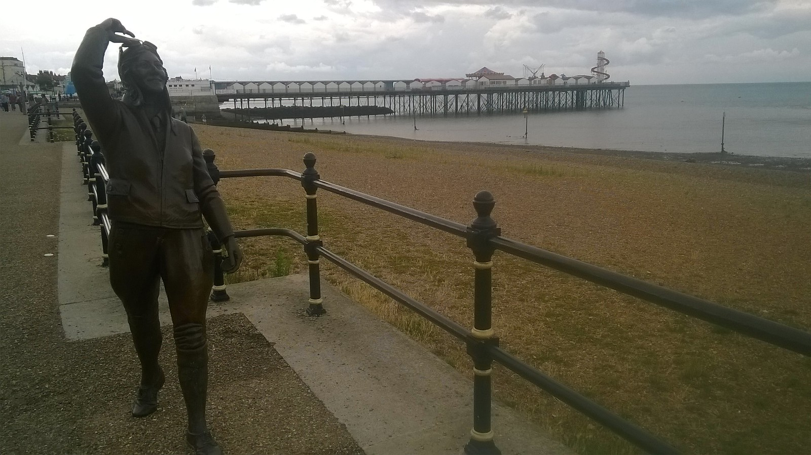 Amy Johnson statue Herne Bay