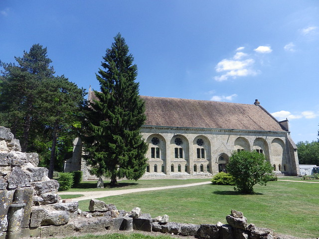 poulpstory_abbaye_chiry-ourscamp_grange