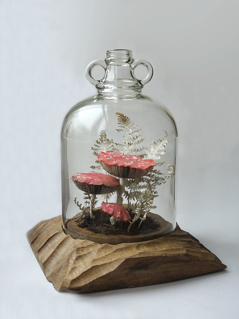 Paper Sculpture Fly Agaric no.1 by Kate Kato