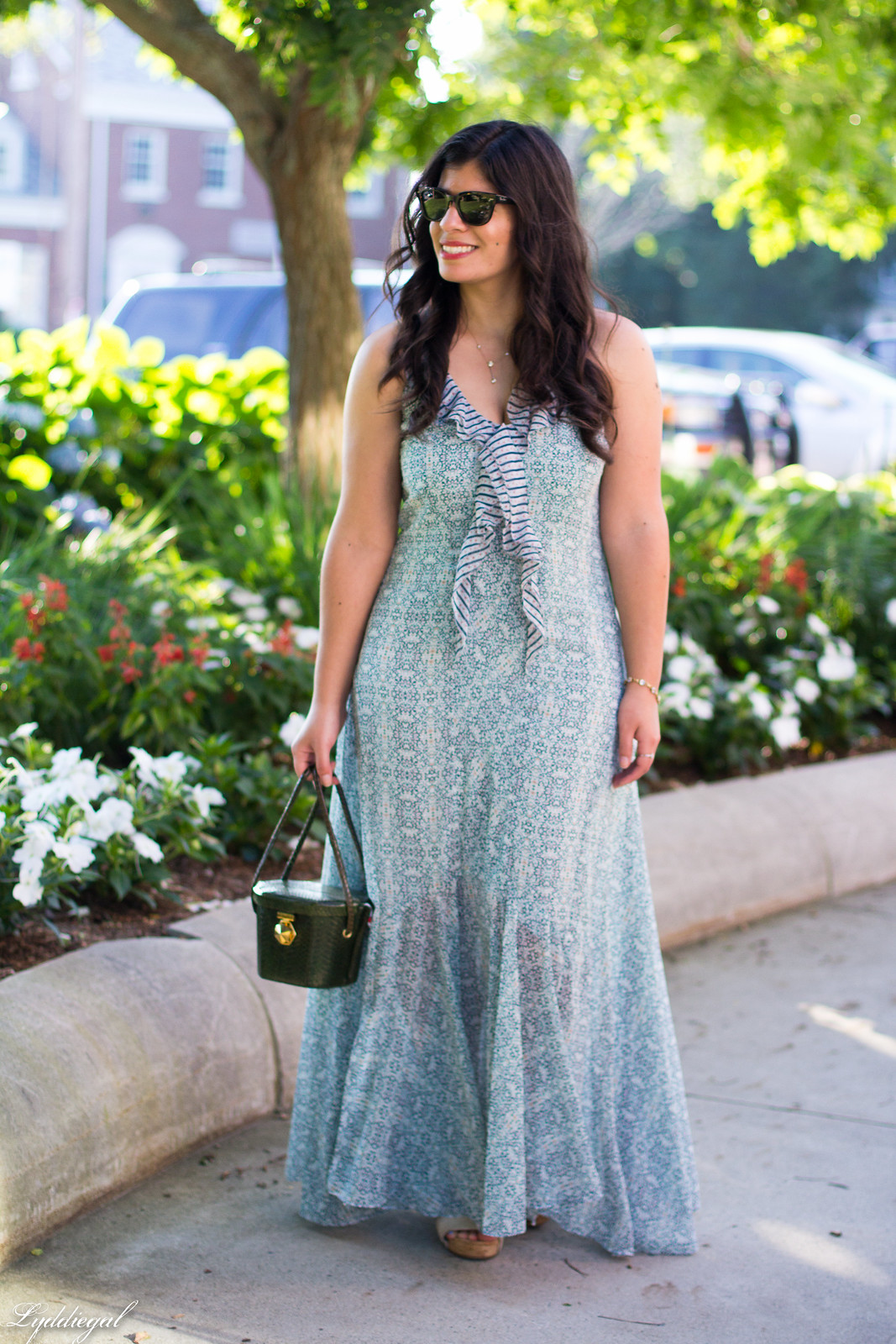 floral print maxi dress, green snakeskin box bag-8.jpg