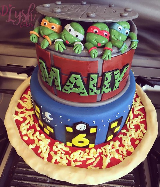 TMNT Themed Cake by D'Lysh Cakes