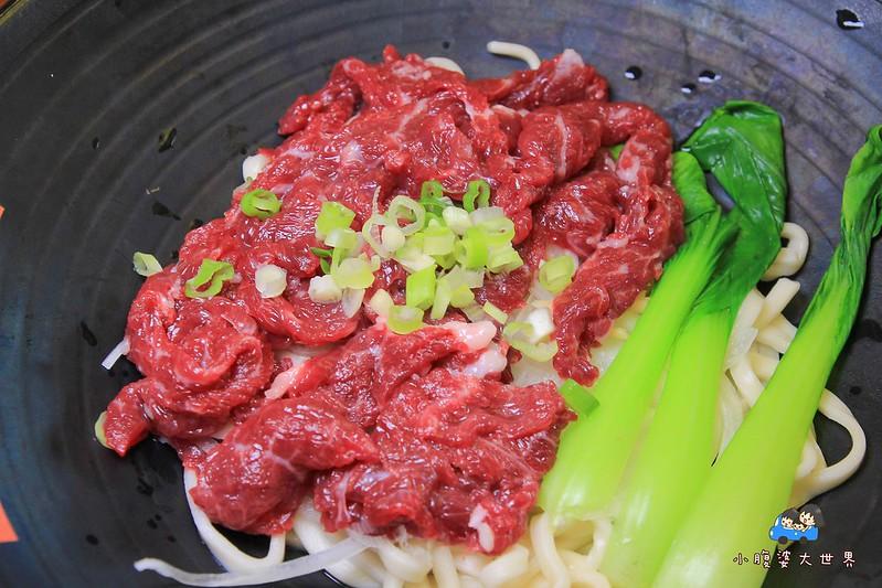 金門牛肉麵  2 085