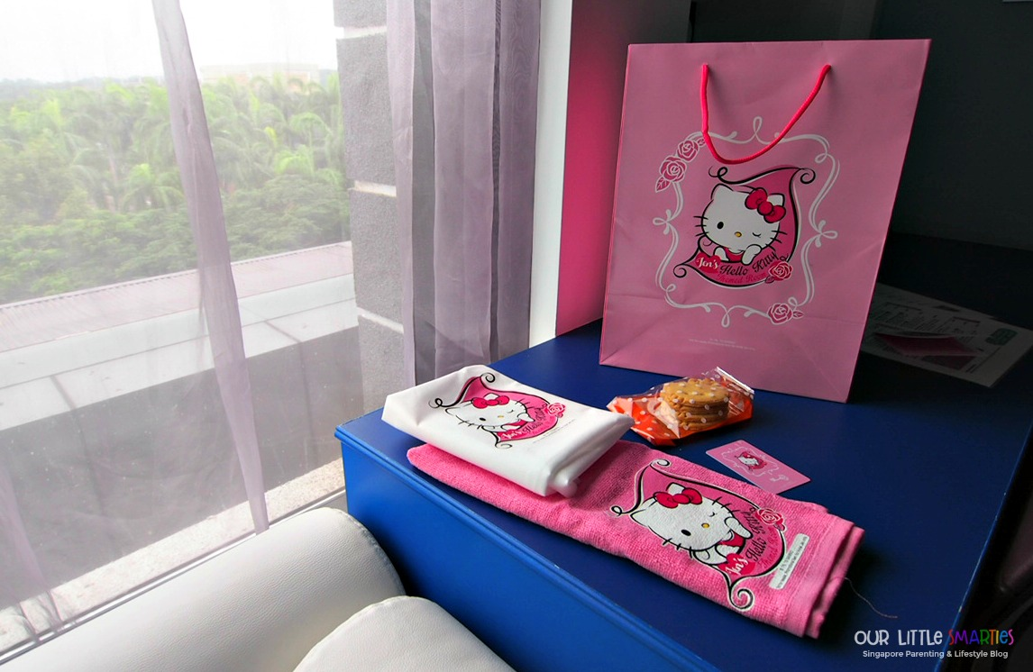 Hotel Jen Puteri Harbour Hello Kitty Welcome Kit