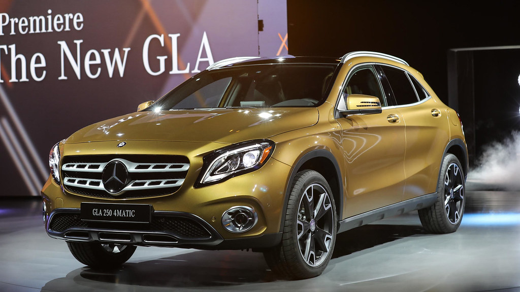 2018-mercedes-benz-gla-detroit-2017