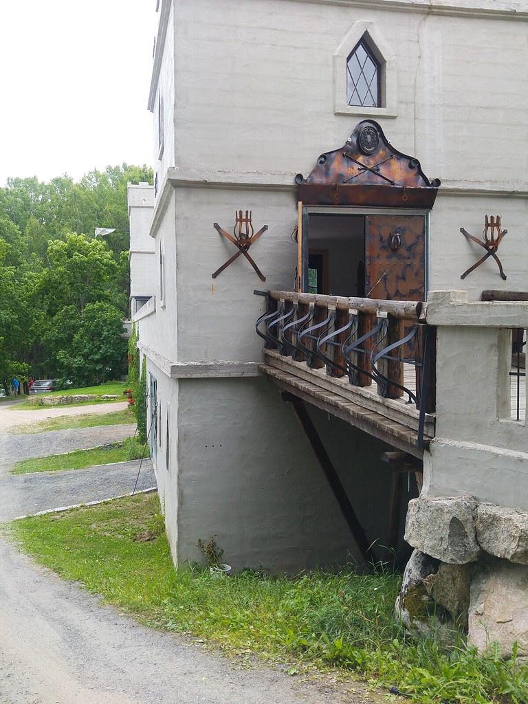 Kalliolaakson_linnakahvila02