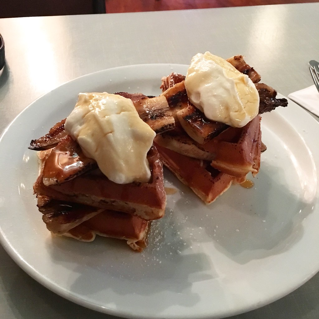 London - The Breakdast Club waffles