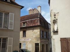 Rue Févret, Semur-en-Auxois - Boulangerie