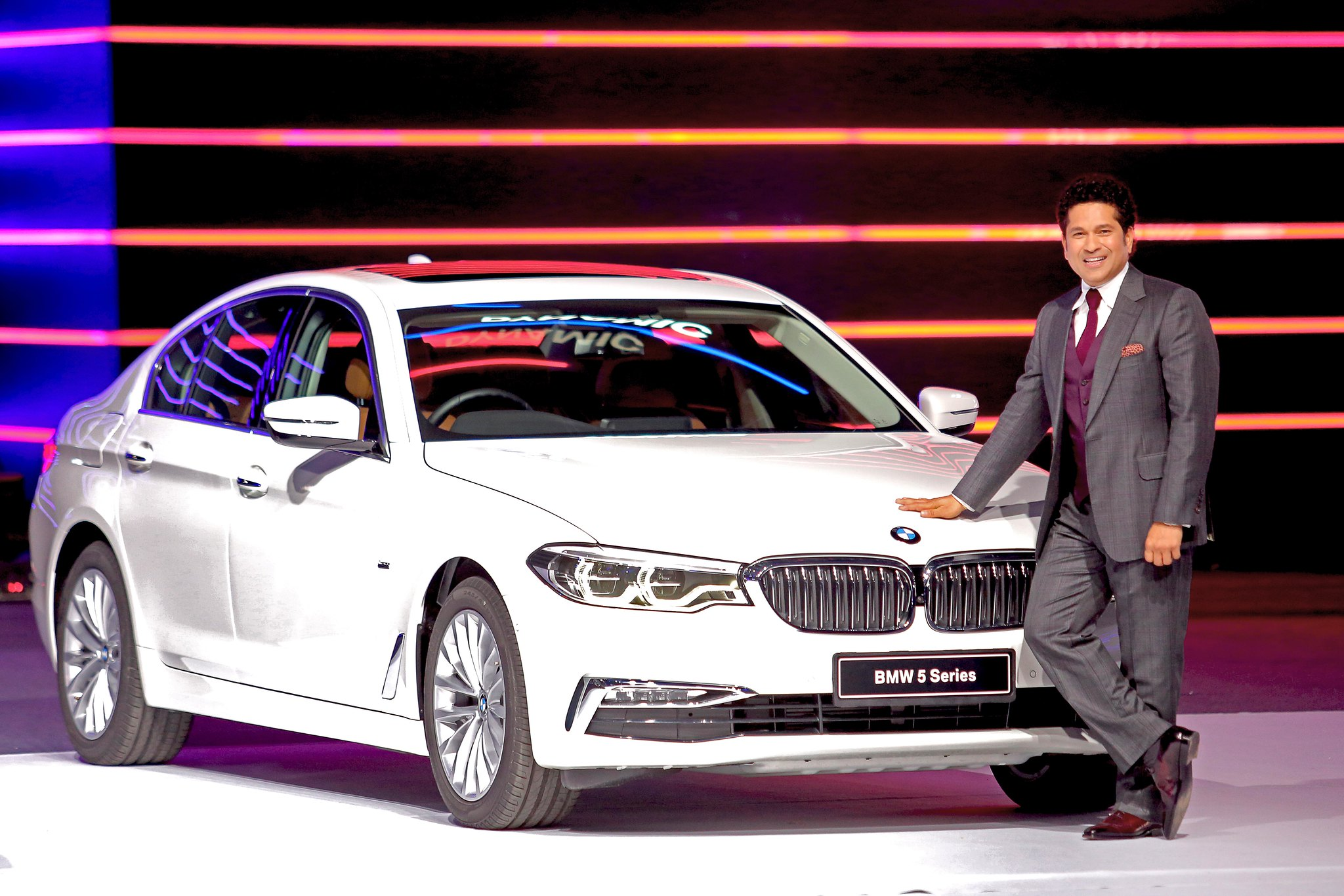 Mr. Sachin Tendulkar with the all-new BMW 5 Series_g