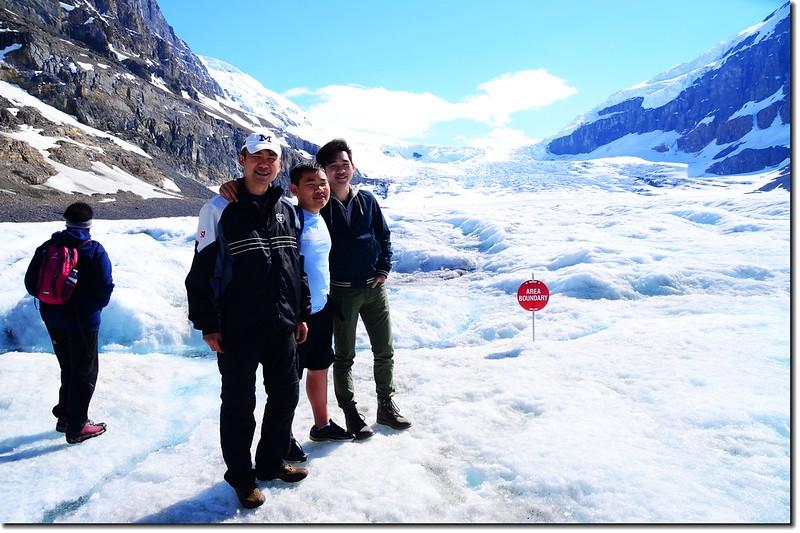 On Athabasca Glacier (4)