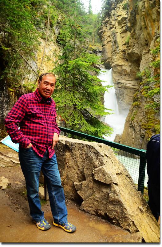 Johnston Canyon Falls (lower) (6)