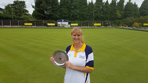 Ladies 2 Wood singles champion 2017