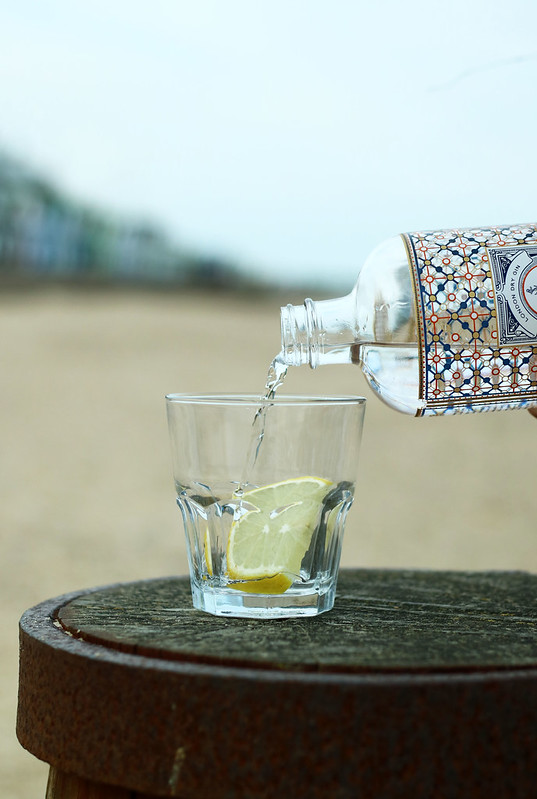 Fishers Gin Pouring Seaside