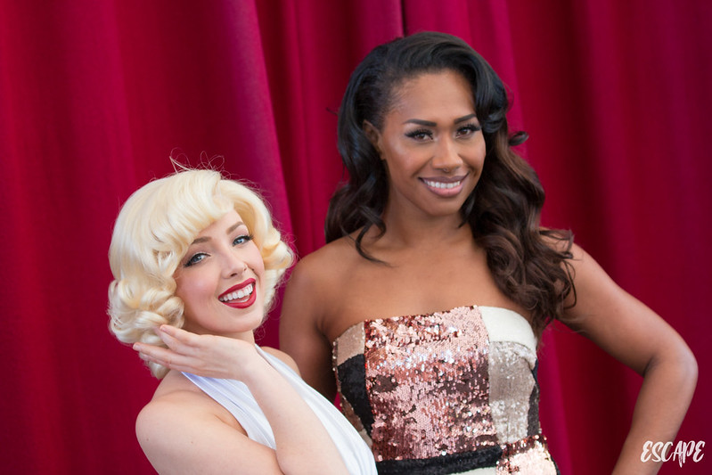 Paulini Performs at Warner Bros. Movie World
