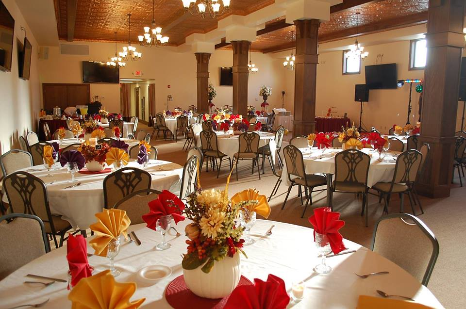Wedding Reception with Fall Decorations/Colors