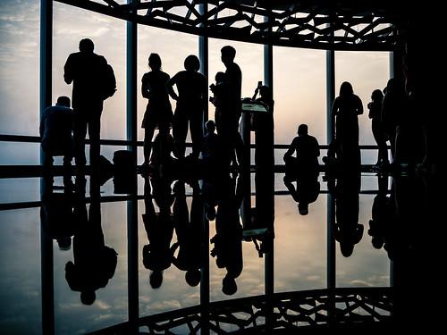 vacation travel dubai people silhouette burj khalifa sunset