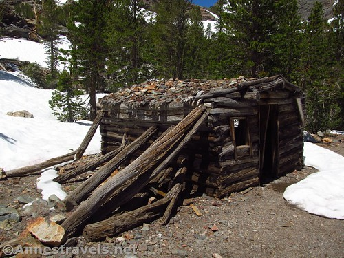 The old mining cabin along the Virginia Lakes Trail in the Hoover Wilderness of California