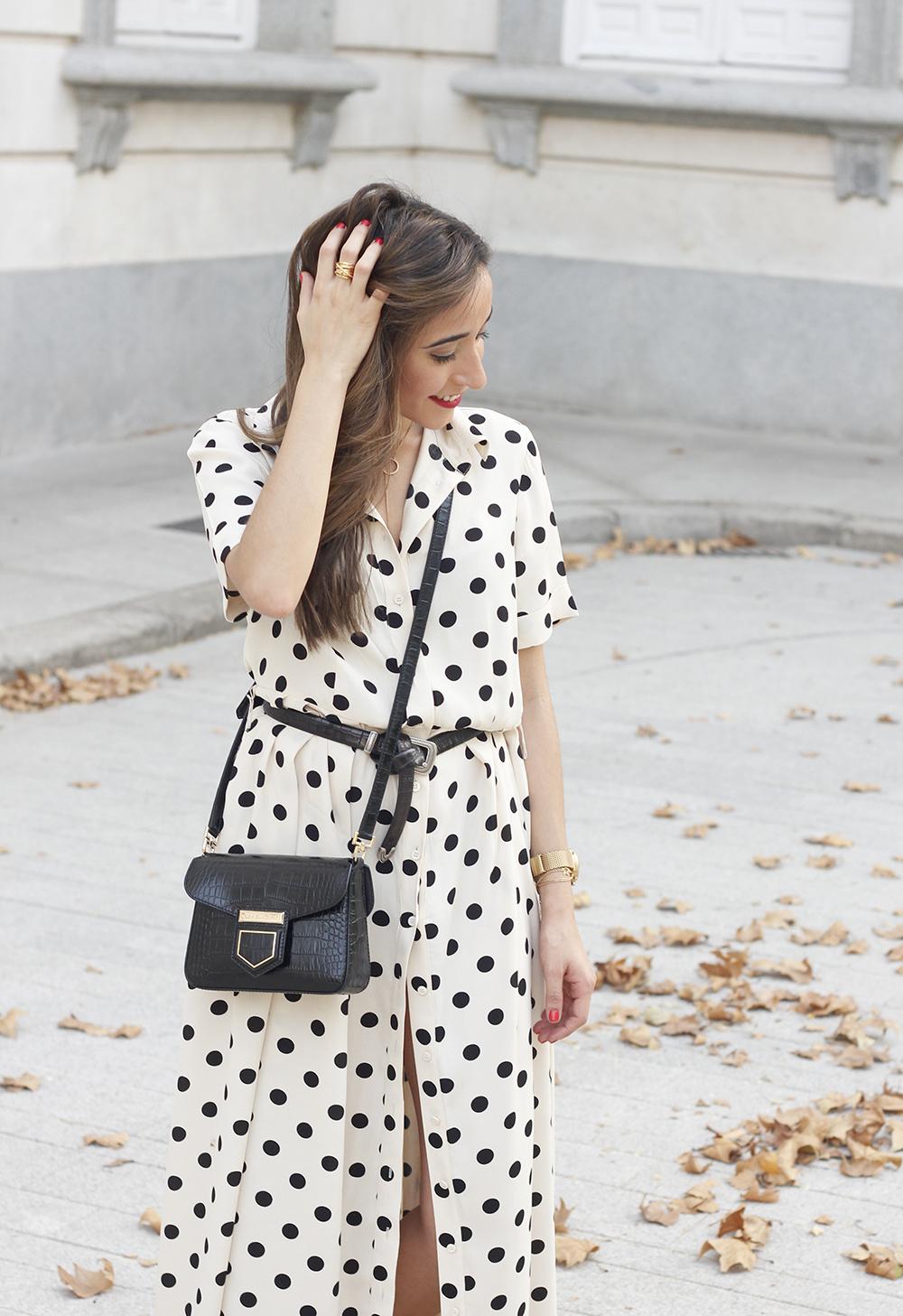 Maxi dress polka dots uterqüe converse givenchy bag summer outfit summer10