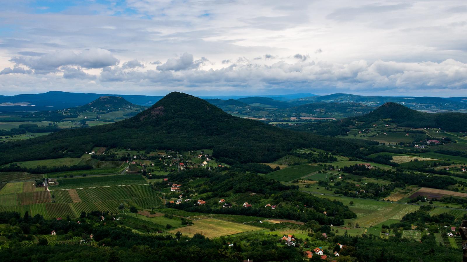 Maalaismaisemaa Unkarissa