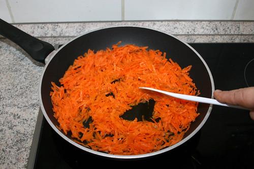 27 - Möhren andünsten / Braise carrots