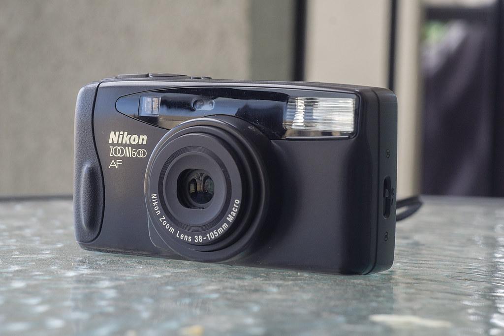 CCR Review 71 - Nikon Zoom 500AF