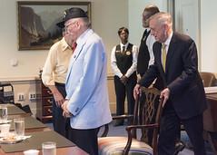 SD, CJCS and CNO Greet Pearl Harbor Survivors