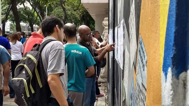 Busca por paz e diálogo leva venezuelanos a votar na Assembleia Constituinte