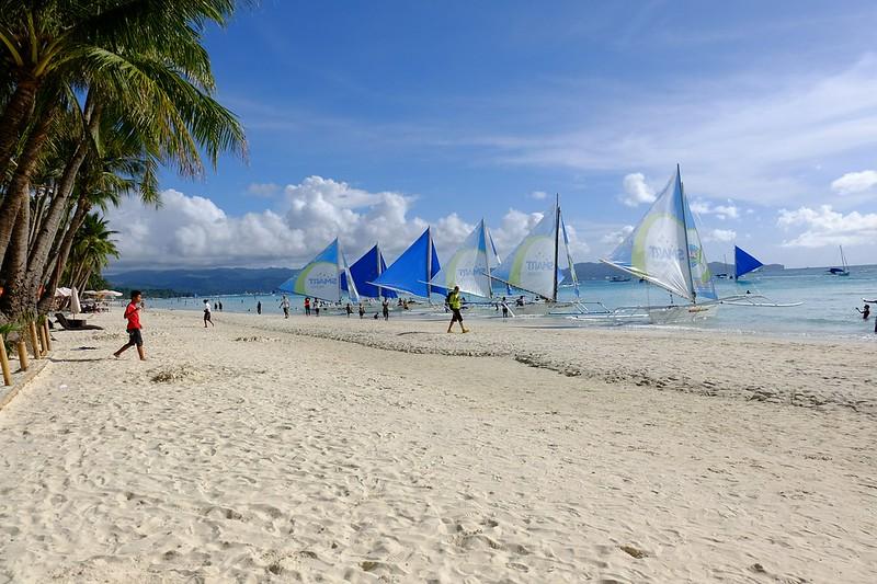 white-beach-605194_1280